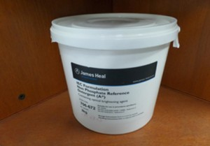 IEC Détergents A* (A star) de référence n°2 avec azurant optique et enzymes selon ISO 6330 de 2012